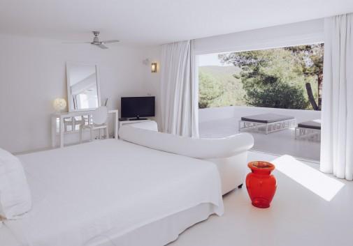chambre-ibiza-puig-redo-vue-immobilier