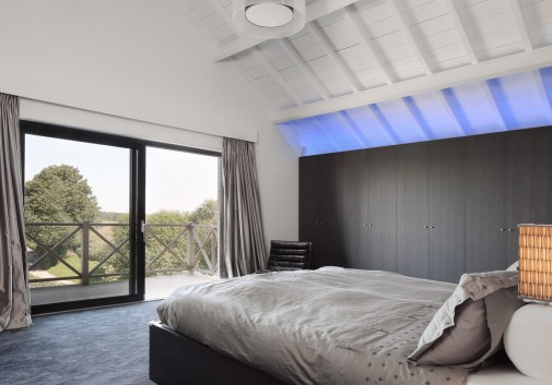 chambre-led-immobilier-balcon
