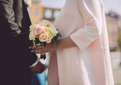 couple-bouquet-fleur-mariage