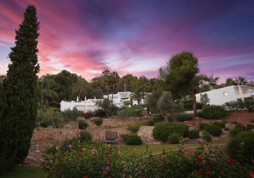 ibiza-ciel-immobilier-jardin-architecture