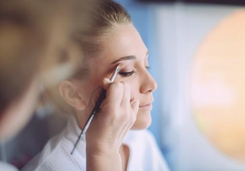 maquillage-femme-mariage-preparation