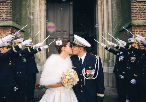 mariage-amour-bulle-bisou-couple