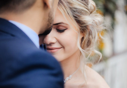 mariage-amour-tendresse-couple-blonde