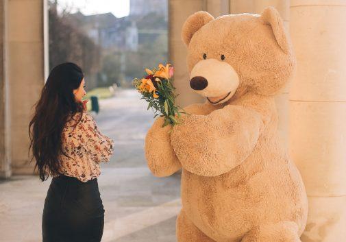 ours-mignon-fleur-femme-cadeau