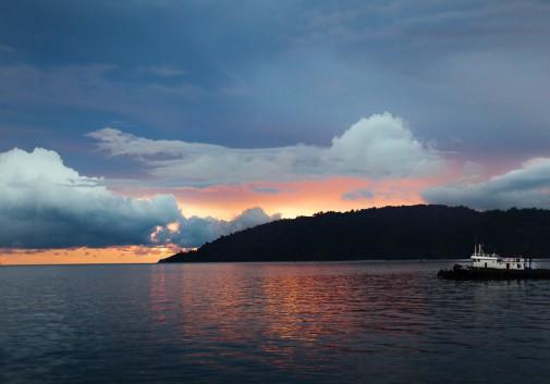 paysage-bateau-mer-nuage-malaisie