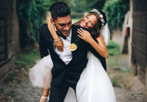 mariage-amour-rire-joie-couple