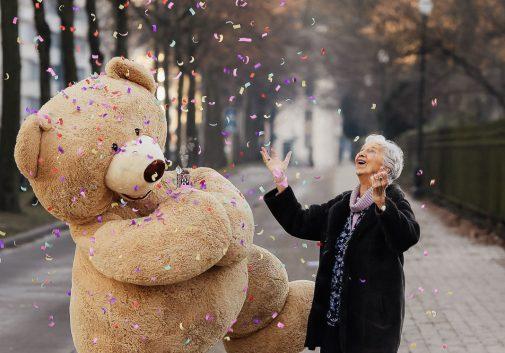 comique-confetti-ours-fun-joie