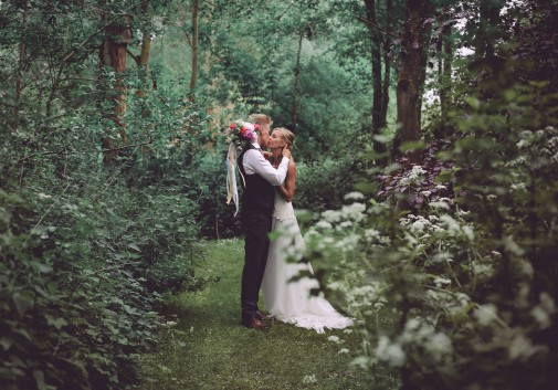 couple-amour-nature-vert-mariage