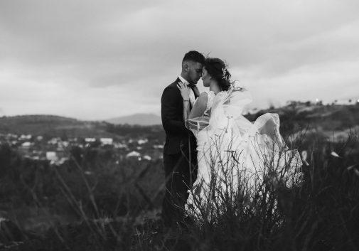 couple-romantique-mariage-cinema-vent