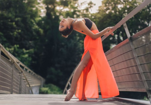 femme-danse-classique-balet-pont