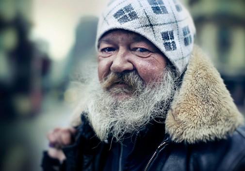 homme-SDF-homeless-rue-larme