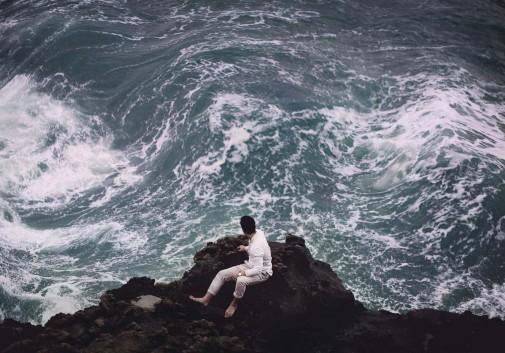 homme-vague-magique-evasion-ocean