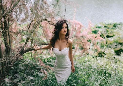 mariage-robe-glamour-nature-brune