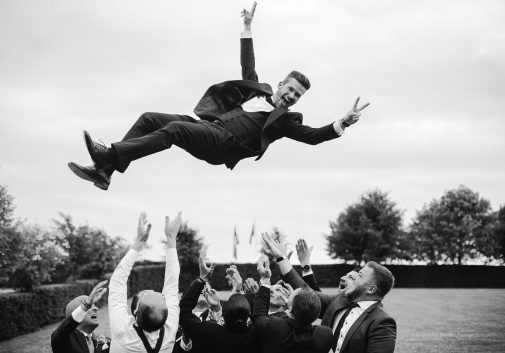 mariage-saut-fun-homme-folie