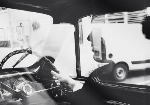 mariage-voiture-reflet-conducteur